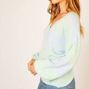 NWT mustard seed two-toned sweater